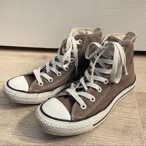 Grey Hightop Converse Chuck Taylor's